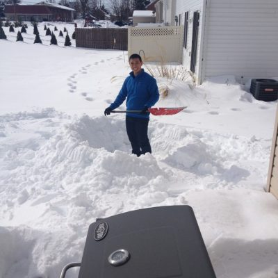 Look at me shoveling away!