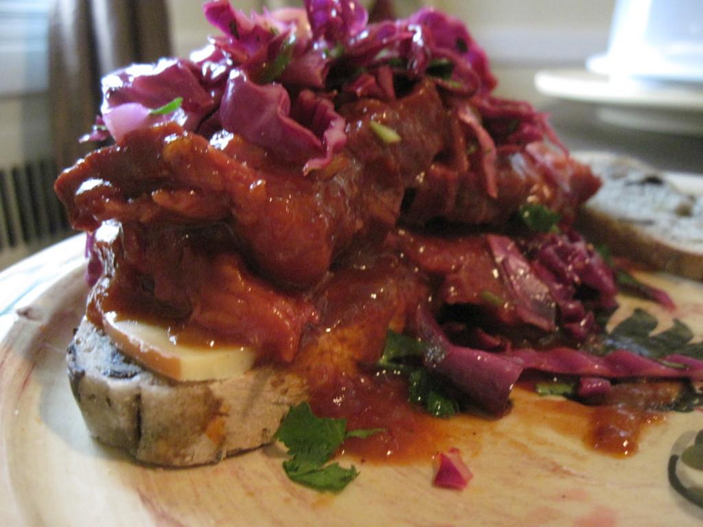 Braised BBQ Beef Sandwich – The Su Chef