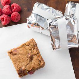 Oatmeal Raspberry Cookie Bars