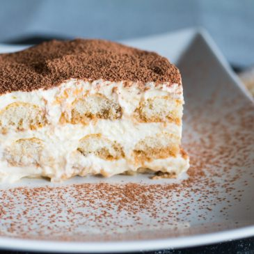 Quick and Easy Homemade Tiramisu